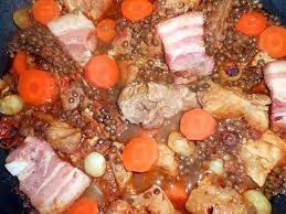 cuisiner les lentilles vertes recette de sauté de porc aux lentilles vertes du puy