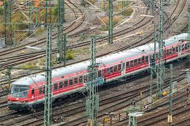 Polizeibericht Baden Baden Bahn Will In Baden Württemberg Mehr Personal Und Züge Einsetzen