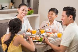 family dinner how to bring back family dinner time successfully