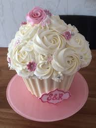 wedding giant cupcake cupcakery pinterest giant cupcakes