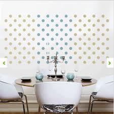 pochoir pour mur de chambre craquez pour un sticker mural géant dans le salon la chambre déco