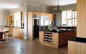 cuisine en bois massif moderne cuisine moderne en bois massif cuisine bois meubles blanc