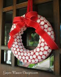 the best 25 wreaths ideas