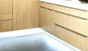 plinthe sous meuble cuisine plinthes de cuisine plinthe sous meuble cuisine lumiere sous meuble