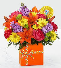 birthday bouquet the ftd set to celebrate birthday bouquet vase included