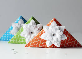 how to make these cute origami corner bookmarks