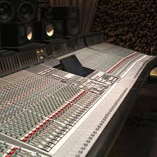 ssl xl desk dimensions ssl 9080k 80 channel console used vintage king pro audio outfitter