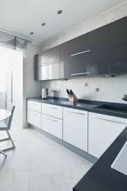 cuisine blanche et grise cuisine blanche laquée 99 exemples modernes et élégants
