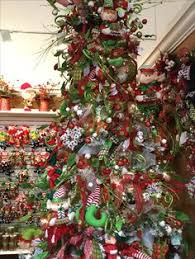 Traditional Christmas Decorations Wholesale by It U0027s Showtime Free San Diego Christmas Show 09 14 14