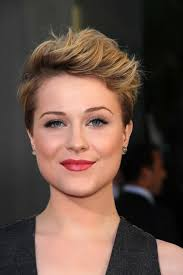 fresh edgy haircuts for female professionals 50 most delightful short wavy hairstyles