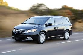 honda odyssey buying used should we opt for a honda odyssey or toyota sienna