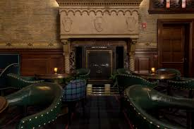 the swankiest commuter bar has reopened in grand central eater ny