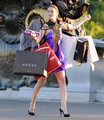 shopping designer blair waldorf with designer shopping bags between meetings with