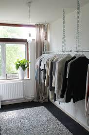kledingrek aan het plafond h o m e pinterest spare room