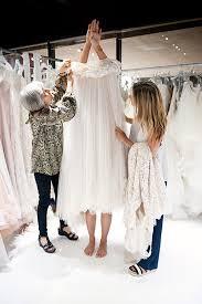 wedding dress shopping wedding dress shopping tips wedding dress tips 100 layer cake
