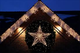 martha stewart christmas lights shooting star diy outdoor lighting shooting stars martha stewart la103058 1207