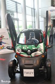 renault lebanon beiruting events launch of renault twizy electric car
