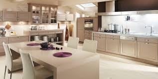 Oak Kitchens Designs Perrine White Leaded Cappuccino Oak Kitchen Design Stylehomes Net
