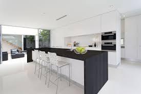 cuisine avec plan de travail charmant plan de travail design cuisine et idees de cuisine moderne
