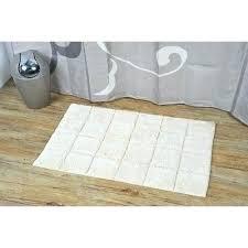 Fluffy Bathroom Rugs Fluffy White Rug Best Of Fluffy Bathroom Rugs For Prestige