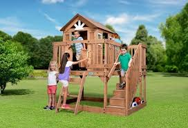 Backyard Cedar Playhouse by 9 Fab Play Forts You Can Be Sure Your Kids Will Love