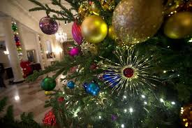 White House Christmas Decorations 2015 Images by