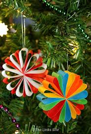 paper christmas decorations 12 and easy diy paper christmas decorations