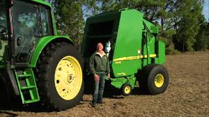 john deere 568 round baler performance youtube
