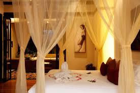 white honeymoon bedroom bedroom decor with transparent white valance