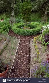 100 vegetable garden mulch 10x10 vegetable garden layout