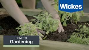 How To Build An Herb Garden How To Build A Herb Garden With Wickes Youtube