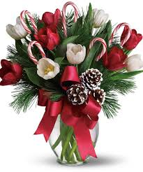 christmas floral arrangements create magical and stylish gatherings for christmas with