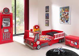 decoration chambre garcon cars deco chambre garcon voiture awesome lit garaon voiture lit garcon