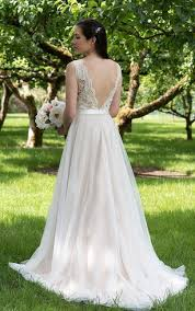 backless style wedding dress for women backless bridals dresses