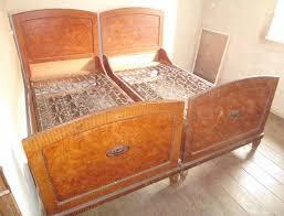 antikes schlafzimmer antikes schlafzimmer 1928 ensemble aus ehebett dresden