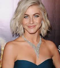 julianne hough shattered hair you gotta love the short cuts these 8 hollywood it girls are