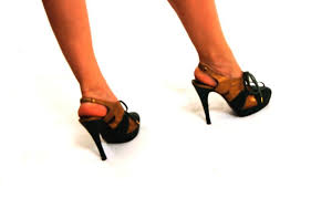 Comfortable High Heels For Bunions How To Walk Gracefully In High Heels If You Have Bunions Howcast