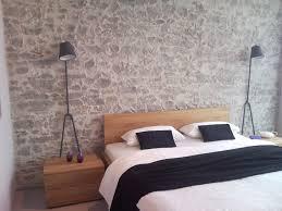 Kommode Im Schlafzimmer Dekorieren Steinwand Schlafzimmer Home Design Ideas