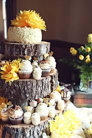 rustic wedding cupcakes decoração de casamento na cor amarela indian wedding cakes
