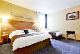 chambre kyriad hotel kyriad toulouse centre in toulouse starting at 17 destinia