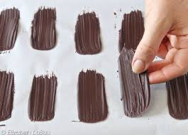 to make chocolate brush strokes