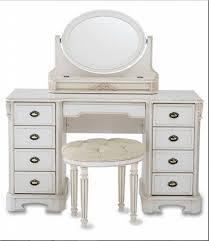 Oak Bedroom Vanity Bedroom Classic White Makeup Vanity Dresser Designed With Drawers