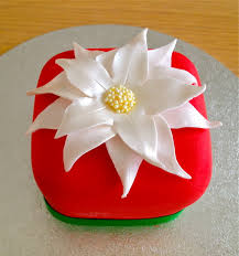 white poinsettia mini white poinsettia cake 2 the baker