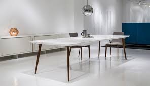 White Meeting Table Ultra Modern Retro White Meeting Table Ambience Doré