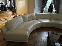 canap originaux canape originaux amazing un canap duangle blanc avec des coussins