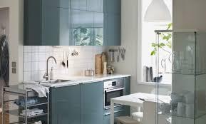 cuisine bleu turquoise cuisine bleu canard awesome dco cuisine bleu peinture cuisine