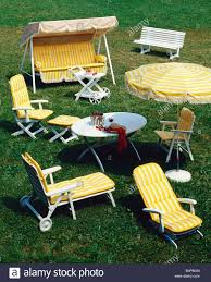 Lawn Swing Garden Furniture Chair Armchairs Lawn Swing And Parasol Decorated