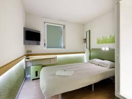 chambre hotel ibis hotel ibis budget 2 étoiles à lisieux dans le calvados tourisme
