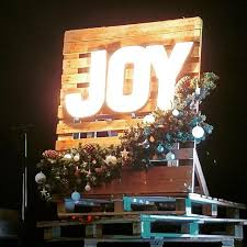 Christmas Decoration For A Stage by The 25 Best Christmas Stage Design Ideas On Pinterest Stage