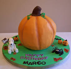 pumpkin cakes halloween pumpkin halloween snoopy birthday cake i know i u0027m a little u2026 flickr